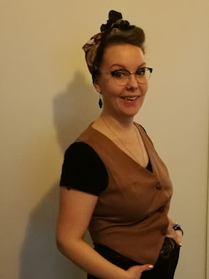 retro style vintage headscarf
