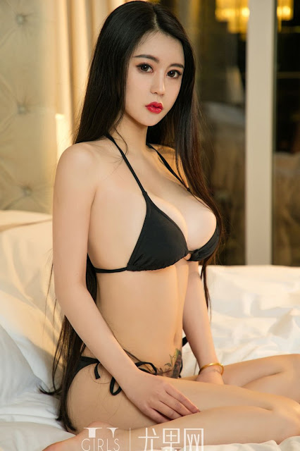Hot and sexy big boobs photos of beautiful busty asian hottie chick Chinese booty model Xiao Mo photo highlights on Pinays Finest sexy nude photo collection site.
