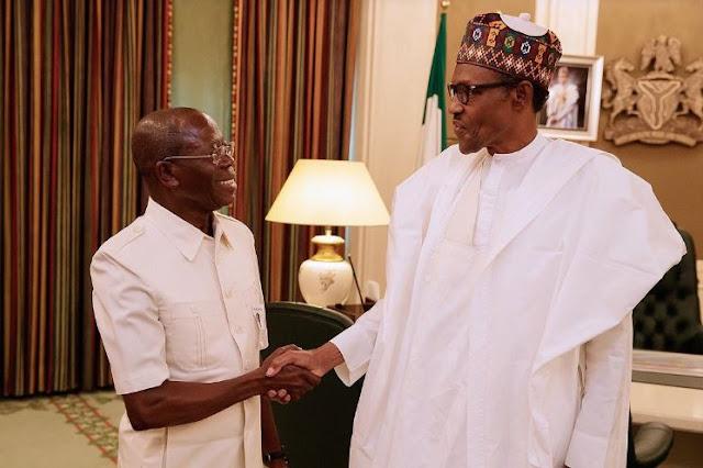 Buhari meets Oshiomhole as court set aside ruling suspending him as APC National Chairman