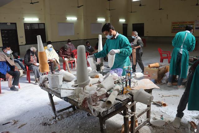 Alwar local news 463 Divyang benefited in Ashoka Foundation's Divyang Artificial Organ Transplant Camp अशोका फाउंडेशन के दिव्यांग कृत्रिम अंग प्रत्यारोपण शिविर में मिला 463 दिव्यांगों को लाभ