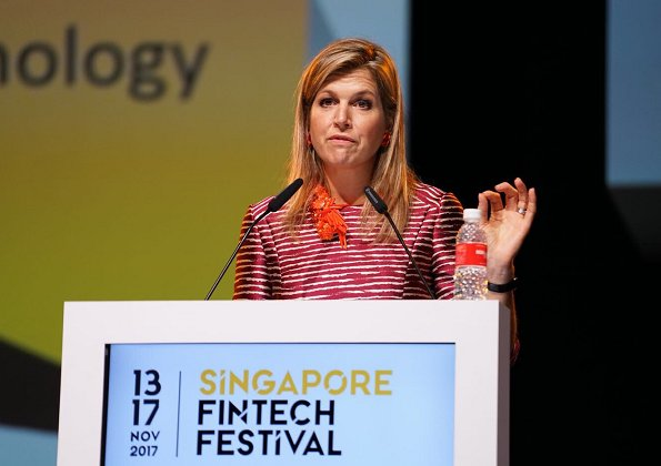 Queen Maxima wore Natan dress, and Natan pumps, Natan Necklace at SG FinTech technology and financial Festival