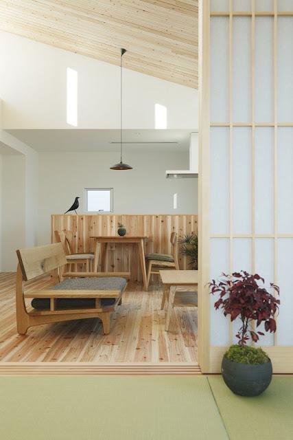 ห้องญี่ปุ่น ห้องรับแขก และโซนห้องครัวสไตล์ญี่ปุ่น