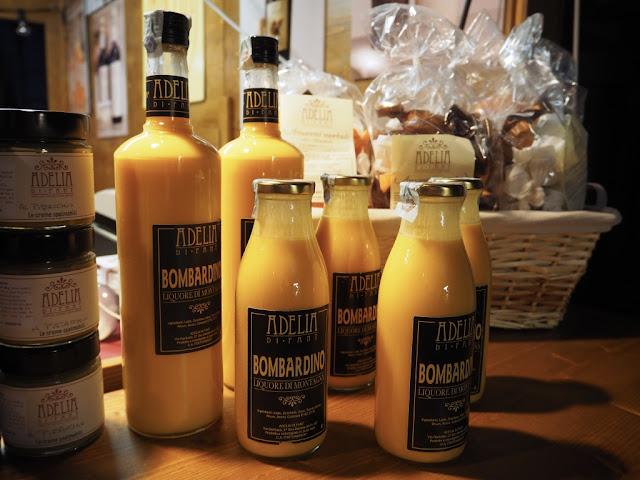 Bombardino - alkoholický vaječný likér typický pro Itálii