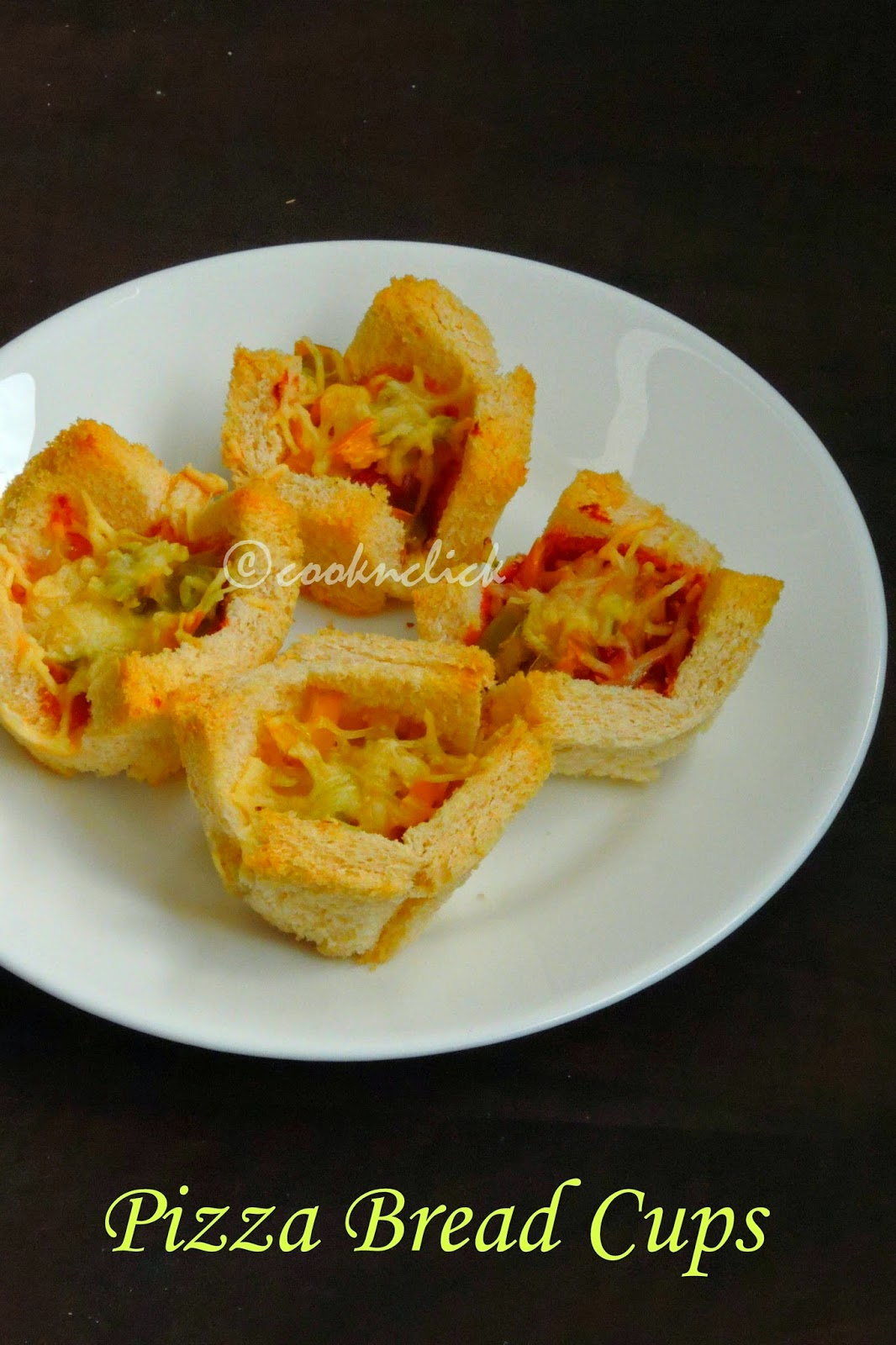 pizza bread cups, bread cups