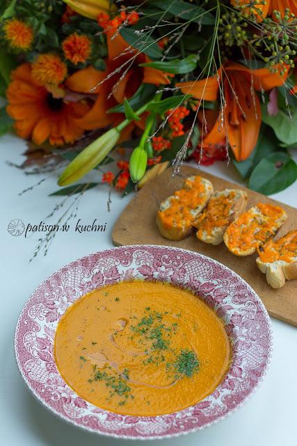 Zupa krem z pieczonej papryki i marchewki