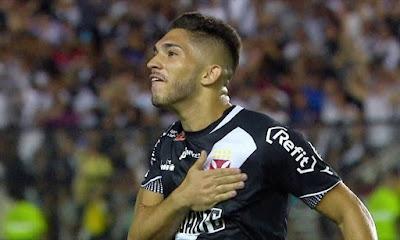 Andrey: 'Só saio do Vasco se for para ajudar e para o Vasco também se beneficiar'