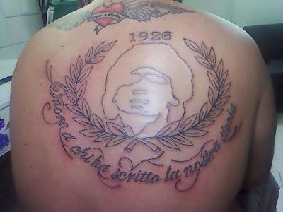tatuaggi+napoli+maradona.jpg