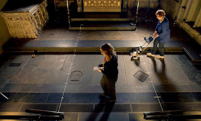 Scan of Shakespeare's grave suggests skull missing