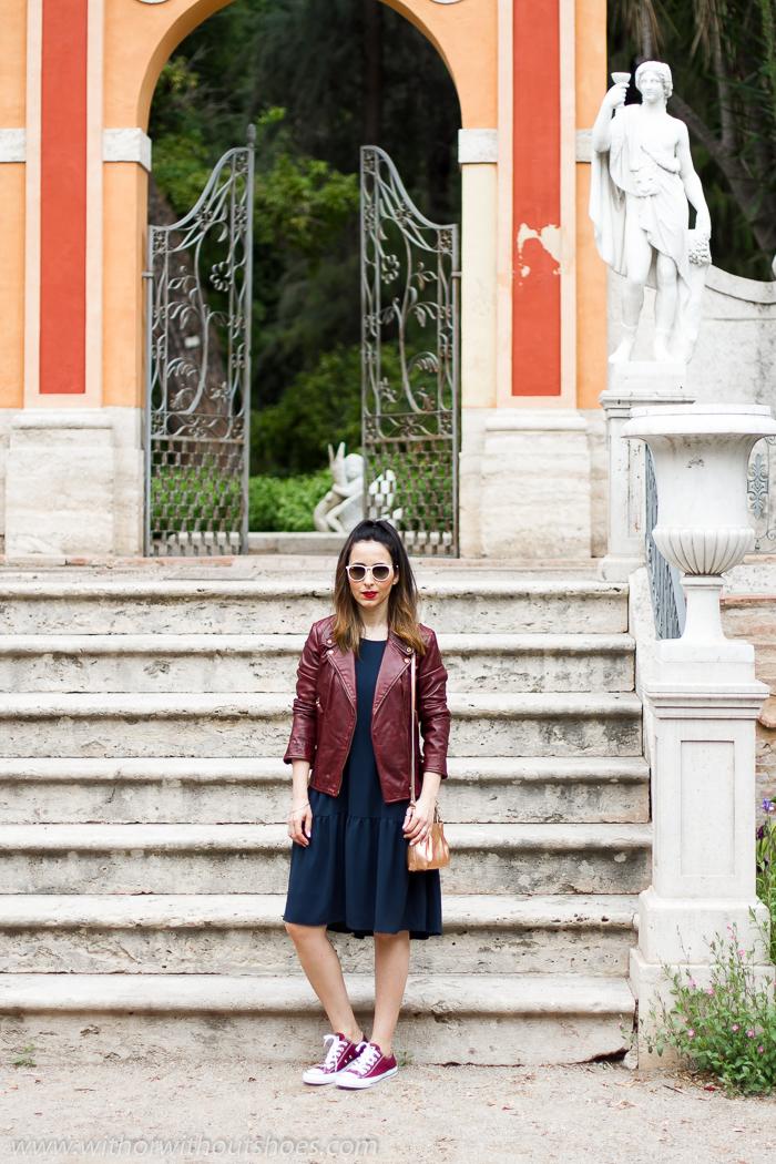 Blogger influencer Valenciana con outfit comodo bonito para mamas andar Valencia