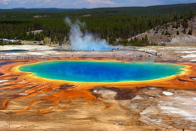 geiser en Yellowstone Estados Unidos