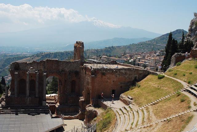 du théâtre, vue directe sur l'Etna…