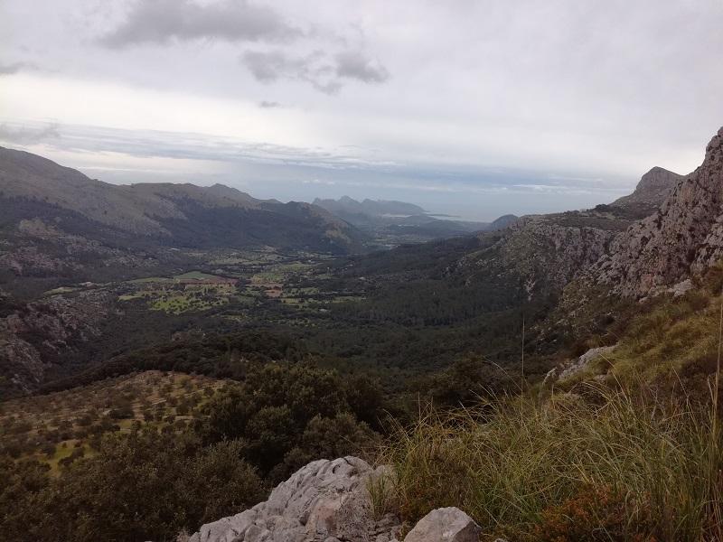 Vista durate la salita verso il Puig Tomir