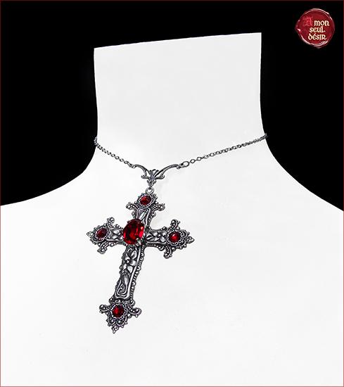collier croix gothique victorien rouge rubis vampire