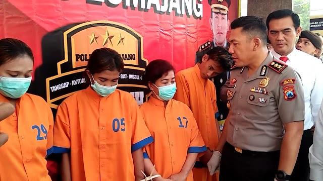 Tiga Wanita Ditangkap Saat Pesta Sabu di Dalam Dapur