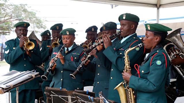 Brass Band ikitumbuiza wakati wa ufunguzi wa maonesho ya 15 ya Elimu ya Juu, Sayansi na Teknolojia yanayofanyika Jijini Dar es Salaam