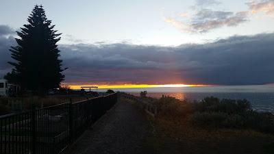 Sunrise. Port Vincent Caravan Park & Sea Side Cabins.