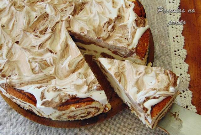 Semifrio marmoreado de torta de chocolate