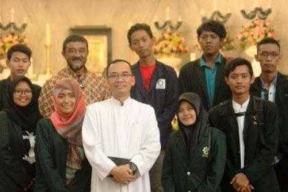 Astaghfirullah.. Innalillah... Delapan Mahasiswa UIN Sunan Ampel Ikuti Misa Natal di Gereja Katedral Surabaya