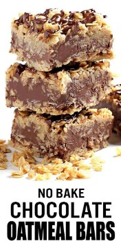 No Bake Chocolate Oatmeal Bars - The only thing easier than making these no-bake chocolate oatmeal bars is eating #food #dessert #cake #chocalate #recipe