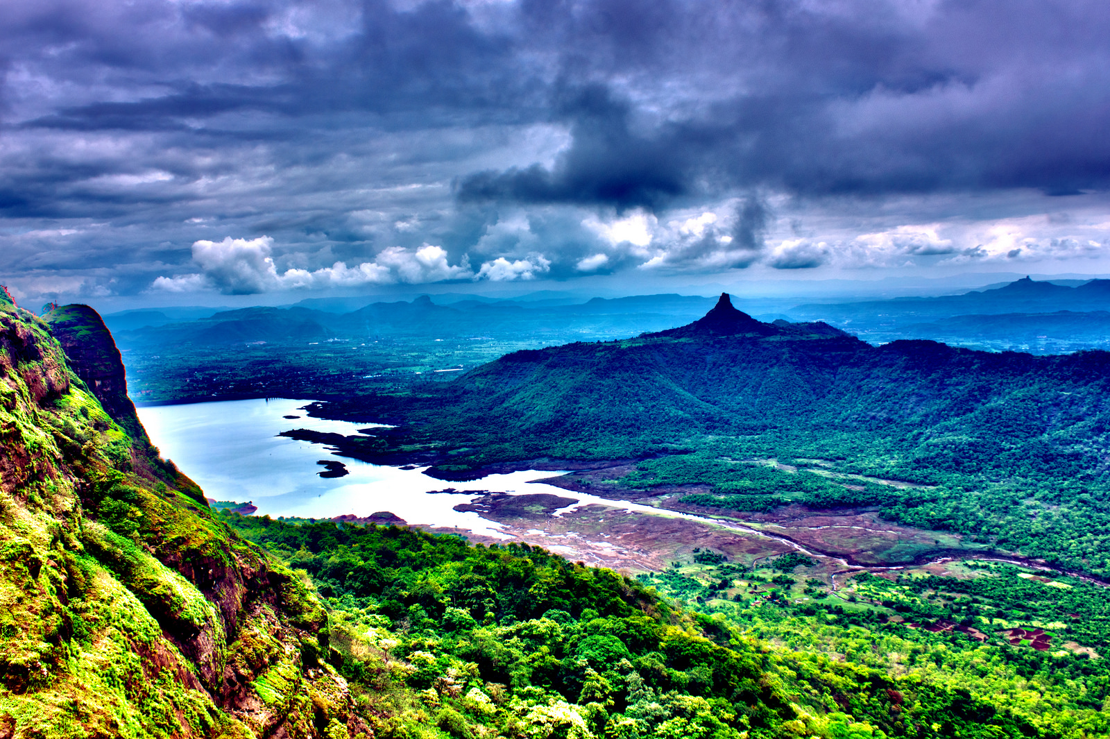 Tourist Places in Matheran