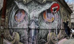 vandalisan-to-entiposiako-gkrafiti-me-tin-koukouvagia