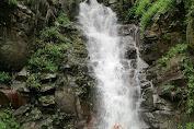 5 Foto Curug Abeh Cilawu Garut | Rute Lokasi & Info Tiket