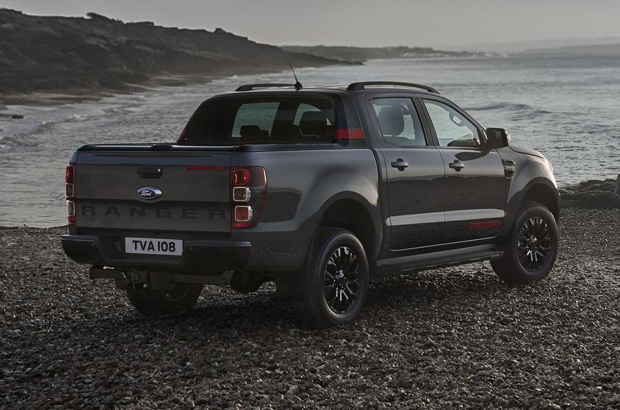 Ford Ranger Thunder 2020 trang bị những công nghệ đặc biệt nào?