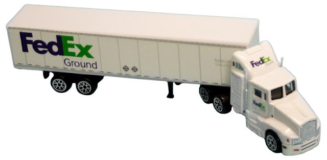 truk box gandeng mainan keren
