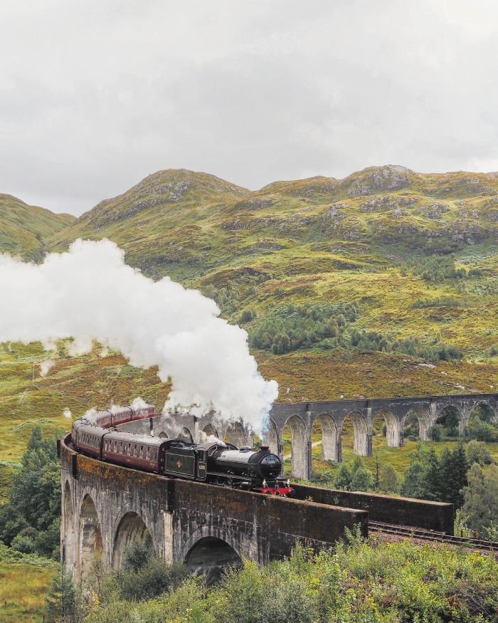 Poudlard Express au Viaduc de Glenfinnan