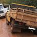 Camionete quase caiu dentro de rio no interior de Laranjeiras