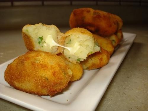 أصابع البطاطا محشية بالجبن