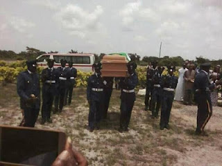 See Burial Photos Of Airforce Officer Killed By Her Jealous Lover As She Buried Amidst Tears In Lagos (Photos) 3