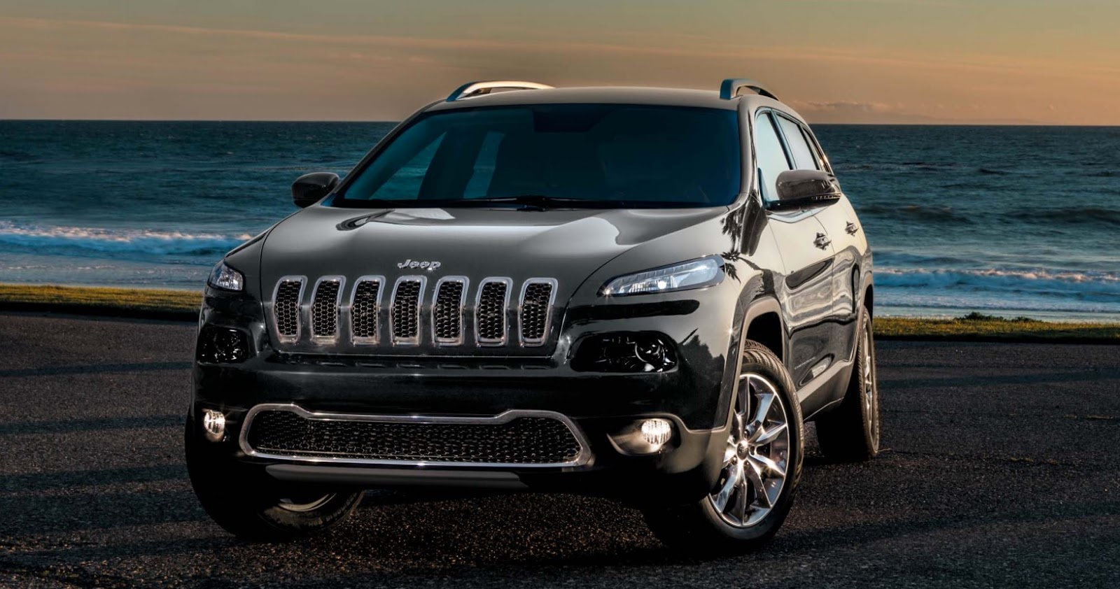 dimensioni jeep cherokee 2016