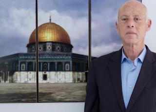 الجماعات الفلسطينية ترحب بفوز قيس سعيد في الانتخابات التونسية