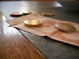 7 cara ampuh menghindari hutang