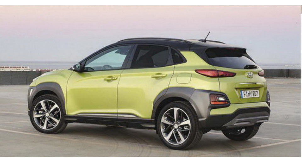 new 2018 hyundai kona is a funky juke rival with advanced tech carscoops. Black Bedroom Furniture Sets. Home Design Ideas