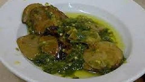 Grüne Chili Jengkol Kochrezept
