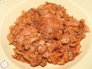 Varza cu carne de porc reteta,