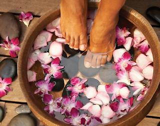 benefits of a foot soak