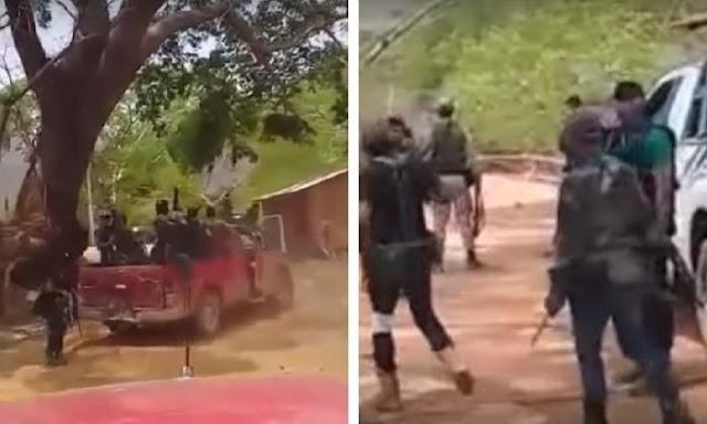 """VIDEO.- En trocas y sus rifles cientos de Sicarios LFM con ropa de """"Marina"""" patrullando Guerrero """"'Vamos por El Ruso, cabrones, se le está acabando el tiempo"""""""