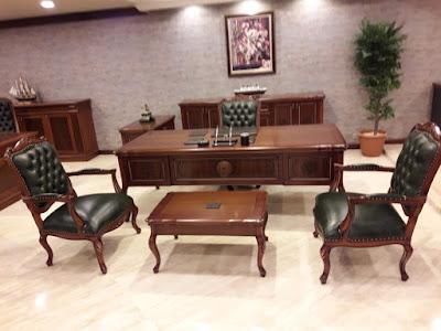 ofis masası,makam masası,makam takımı,lükens makam masası,lükens makam takımı,yönetici masası,patron masası