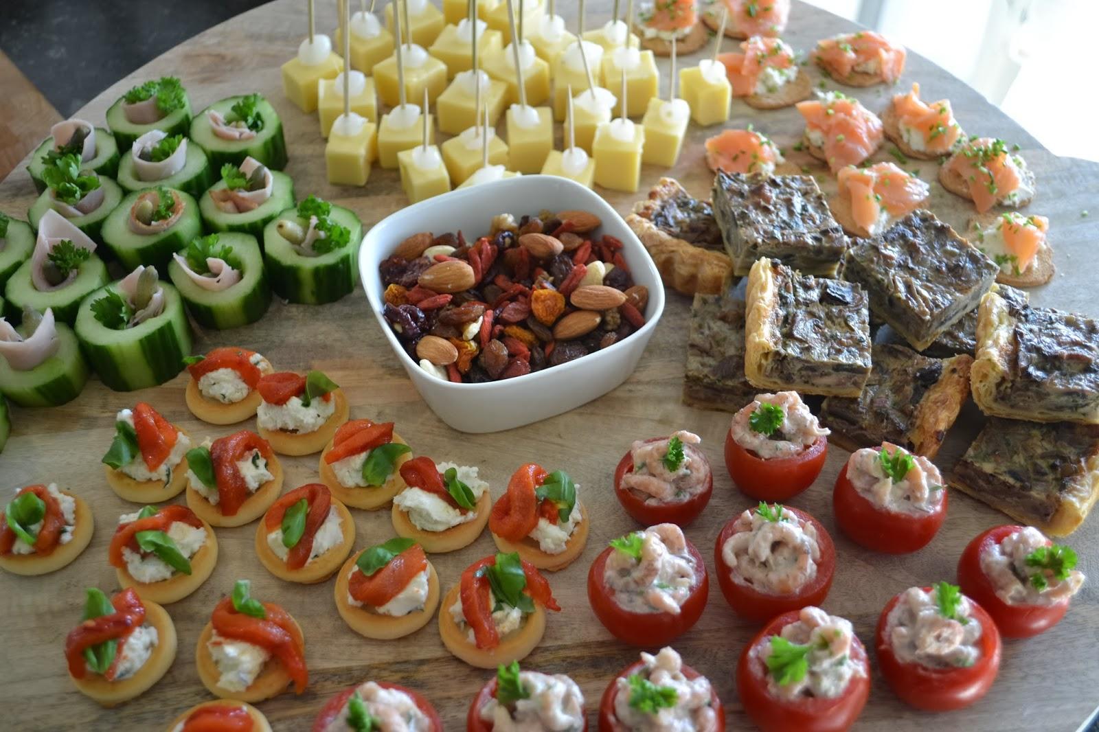 Bekend Eet lekker: Gevulde tomaatjes met Hollandse garnalen @MH94