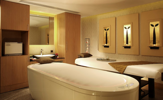 R The Spa at Radisson Blue Plaza Delhi