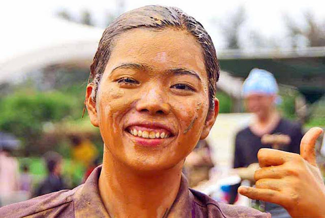 mud, festival,Okinawa, people