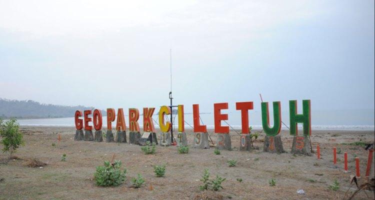 15 Tempat Wisata di Geopark Ciletuh (Sukabumi) yang Hits Dikunjungi