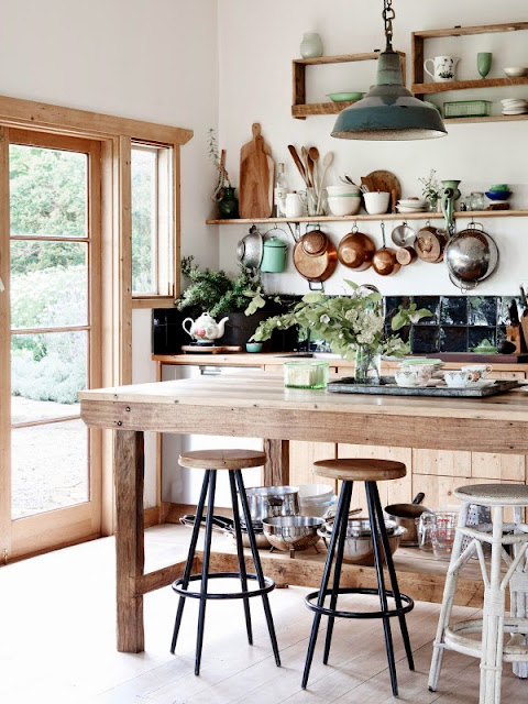 Chic Country Style Kitchens 10