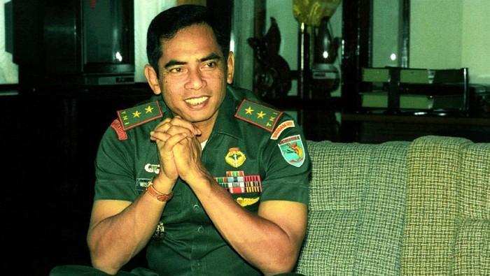 Kisah Jenderal Wismoyo dan 'Death Letter Box' di Hutan Kalimantan