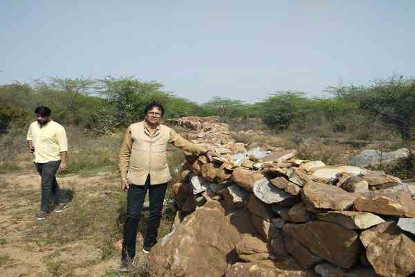 advocate-ln-parashar-gave-proof-illegal-construction-aravali-pahad