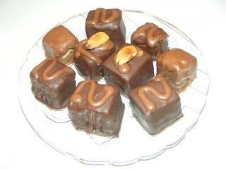 bomboane, ciocolata, dulciuri, deserturi, prajituri, retete, bomboane de casa, desert, trufe de ciocolata cu unt de arahide,
