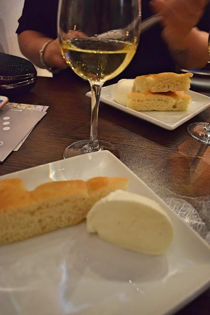 Italian wine tasting at Veeno Leeds Timpune Sicani Grillo with mozzarella di bufala